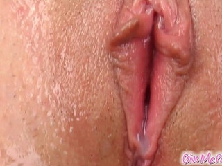 Give Me Pink Amateur introduces cucumber to nubile pussy